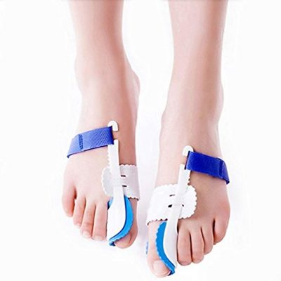 6. Bunion Splint Toe Straightener from AGE CARE: